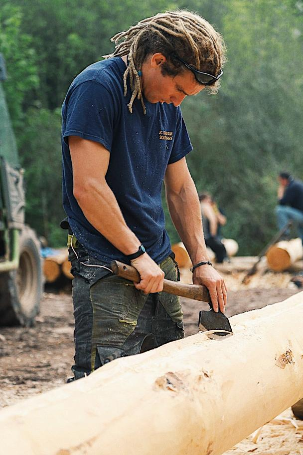 RENOWNED 2 WEEK LOG CABIN COURSE JULY 2019