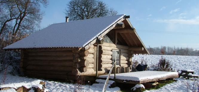 Poplar log cabin Lincolnshire
